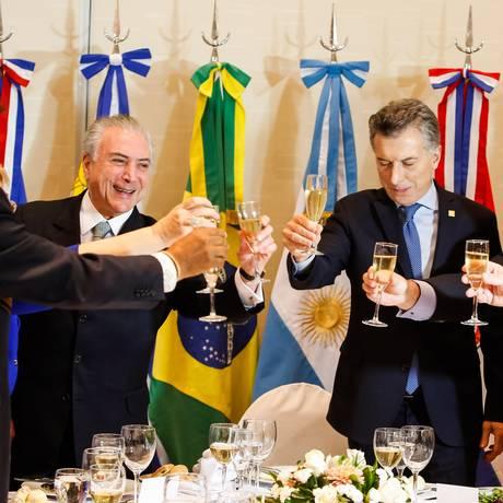 Presidentes dos Estados membros do Mercosul participam de um almoço Foto: Alan Santos / Agência O Globo