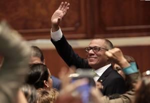 Vice-presidente do Equador, Jorge Glás, acena na Assembleia Nacional de Quito Foto: Dolores Ochoa / AP