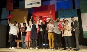 Chefs e representantes dos resataurantes que receberam cinco garfinhos no novo Guia Rio Show de Gastronomia Foto: Adriana Lorete / Agência O Globo