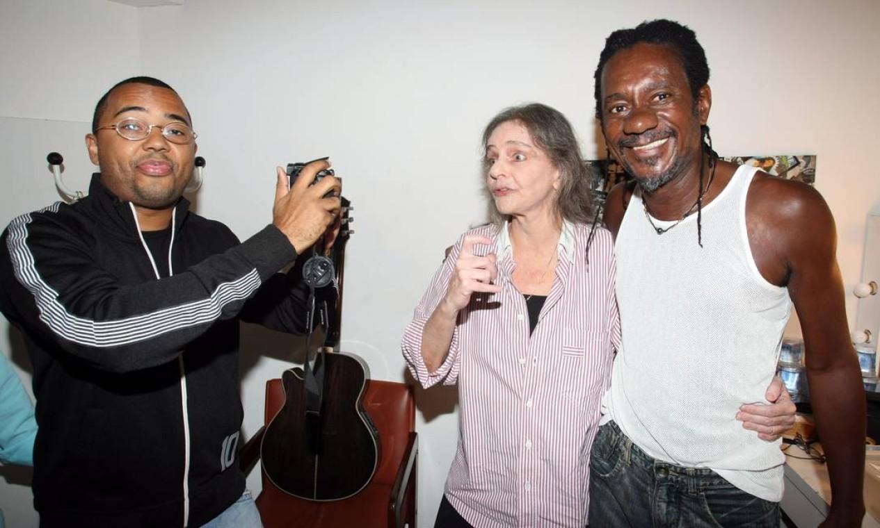 Show de Angela Roro,Dudu Nobre e Luis Melodia no teatro Rival em 4 de janeiro de 2011 Foto: Marcos Ramos / Agência O Globo