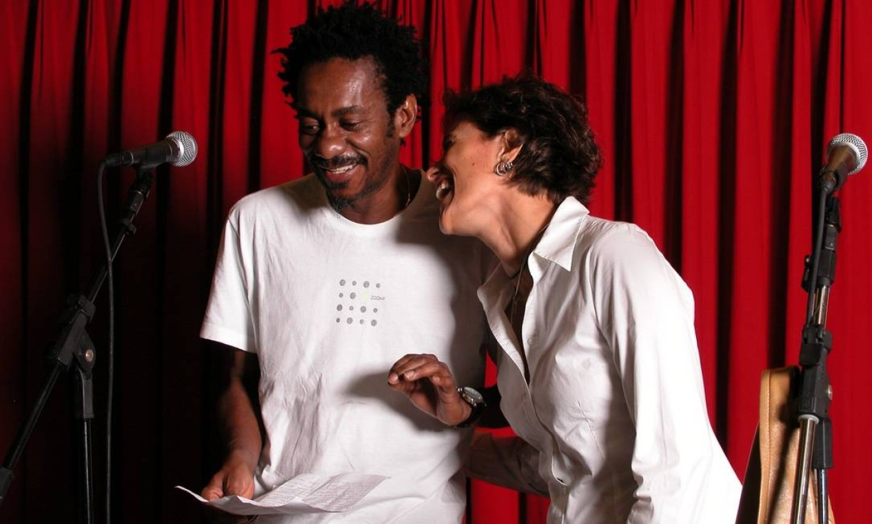 Luiz Melodia e Zélia Duncan em 21 de julho de 2003 Foto: Marcello Bravo / Divulgação