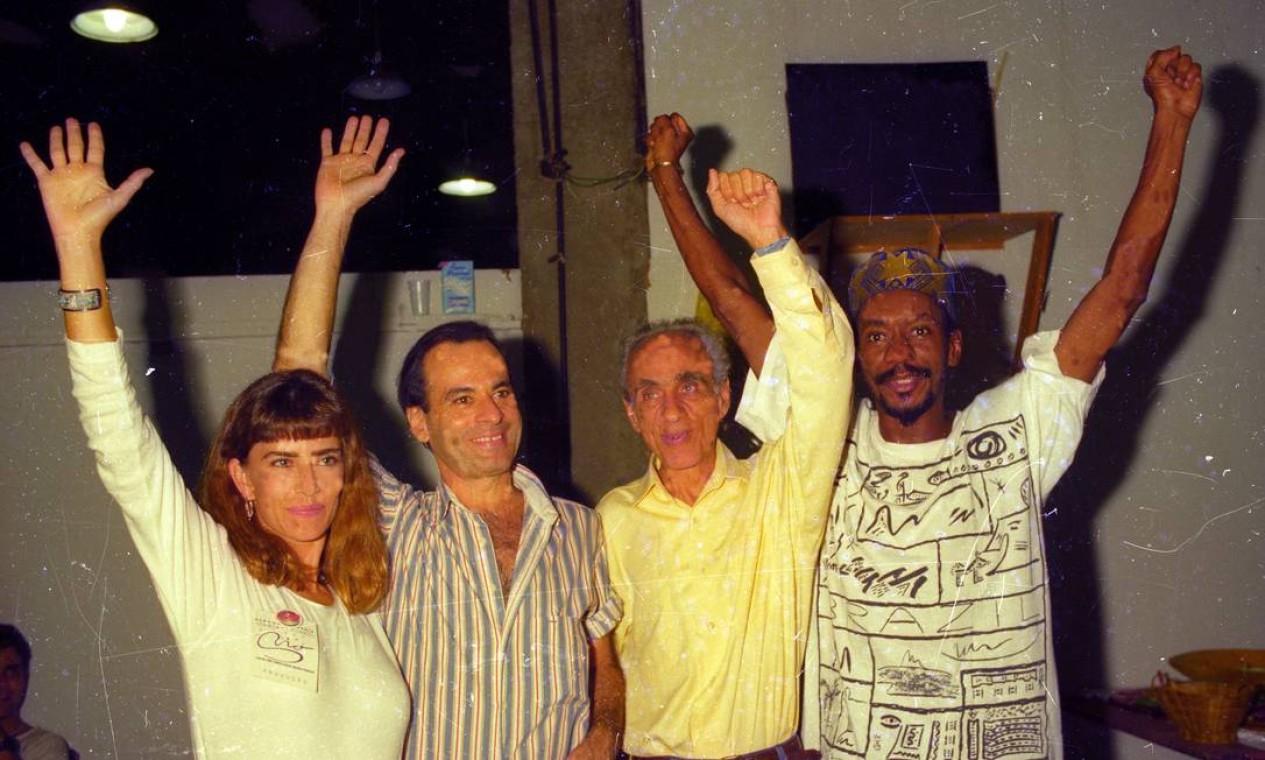 Maitê Proença, Nei Matogrosso, Betinho e Luiz Melodia em 2 de maio de 1994 Foto: Severino Silva / Agência O Globo
