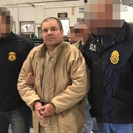 El Chapo chega aos Estados Unidos após ser extraditado Foto: HO / AFP