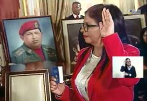 Delcy Rodriguez presta juramento ao ser nomeada presidente da Assembleia Nacional Constituinte em Caracas Foto: Reprodução