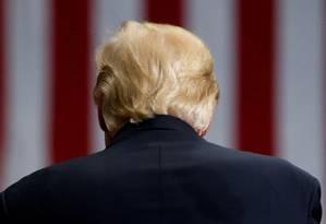 Showman. Trump em um comício em Youngstown, Ohio: características que ajudaram o candidato não auxiliam um presidente sem planos claros Foto: Jonathan Ernst / REUTERS