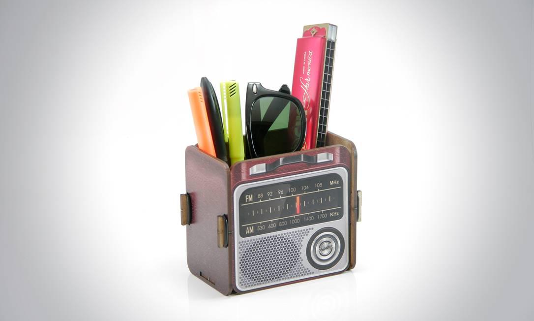 Porta-trecos rádio Printas (www.printas.com.br), R$ 42,90 Flavio Dechen / Divulgação