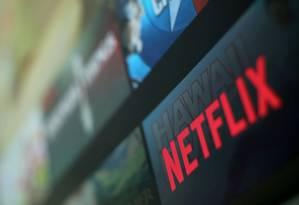 Logomarca da Netflix em programa. Foto: Mike Blake/Reuters
