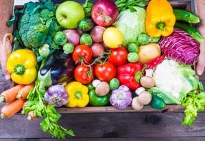 Médicos indicam aumento do consumo de frutas e verduras Foto: shutterstock
