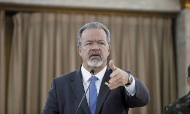 Ministro da Defesa, Raul Jungman Foto: Domingos Peixoto / Agência O Globo