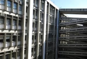 Parte do prédio da Uerj, no Maracanã Foto: Annelize Demani / Agência O Globo