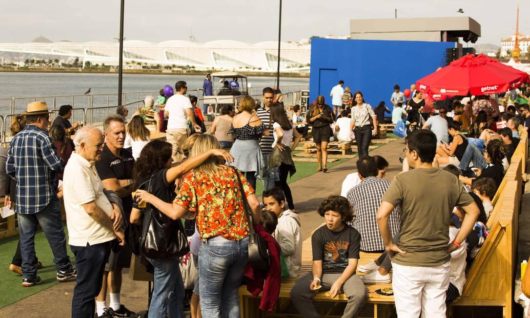 O Rio Gastronomia abriu mais cedo neste sábado para o público Monica Imbuzeiro / Agência O Globo