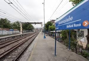 A estação de trem do Jacarezinho Foto: Márcio Alves - 04/11/2015 / Agência O Globo