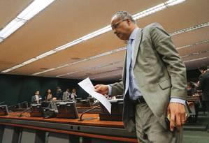 O deputado Vicente Candido, relator, durante Sessão da Comissão de Reforma POlítica na Câmara dos Deputados - 15/08/2017 Foto: ANDRE COELHO / Agência O Globo