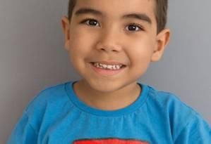 Pedro Lorenzo, de 5 anos, precisa de diversas terapias todos os dias Foto: Arquivo pessoal