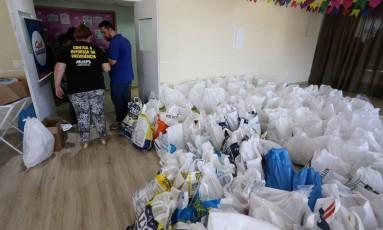 Muspe decidiu encerrar campanha de doação de alimentos após a regularização de salários atrasados dos servidores do estado Foto: Guilherme Pinto / Agência O Globo