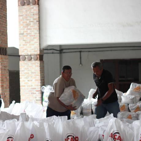 Alimentos arrecadados para serem distribuídos Foto: Ana Paula Pereira/Divulgação