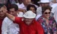 """Lula e Dilma durante """"inauguração popular"""" de obra de transposição do Rio São Francisco em Monteiro (PB), em março deste ano Foto: Josemar Gonçalves / Agência O Globo"""