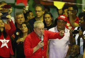 Ultimo dia da plenária da CUT no estado do Rio de Janeiro com a presença do Ex Presidente Lula, a plenária acontece na quadra da escola de samba Imperio Serrano. 12/08/2017 Foto: PABLO JACOB / Agência O Globo