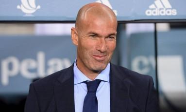 Na quarta-feira, Zinedine Zidane conquistou a Supercopa da Espanha Foto: JOSEP LAGO / AFP