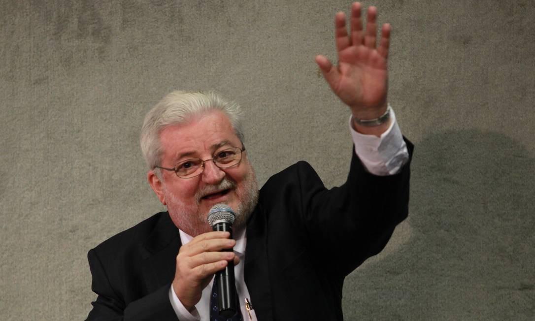 Gilberto Natalini, durante sessão da Comissão da Verdade, em Brasília (10/05/13) Foto: Aílton de Freitas / Agência O GLOBO