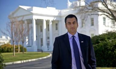 Kal Penn, das séries 'House' e 'Designated survivor', trabalhou nos governos Obama e Trump Foto: rockwellmuseum.org