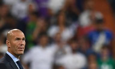 Zidane lamentou as mortes provocadas pelos atentados na Espanha Foto: GABRIEL BOUYS / AFP/16.08.2017