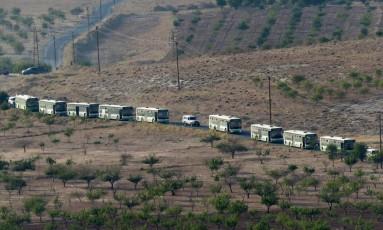 Soldados do grupo Hezbollah na fronteira entre Líbano e Síria Foto: STR / AFP