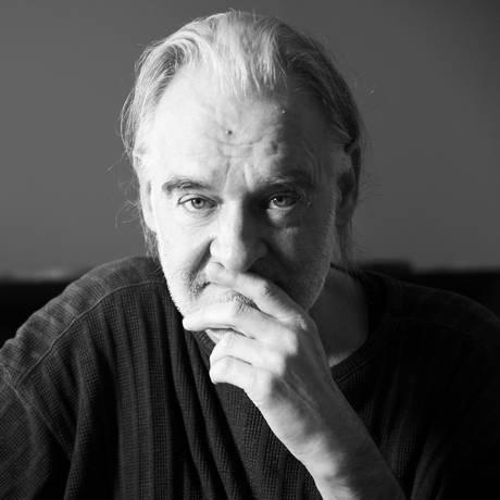 O húngaro Béla Tarr é um dos entrevistados do filme: 'Simpático, mas sabe dizer 'não'', lembra Walter Carvalho Foto: Divulgação / Divulgação