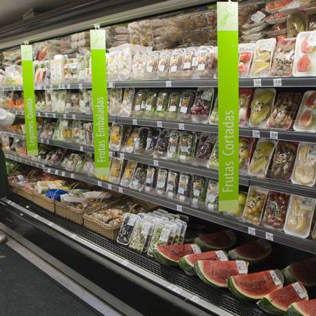 Supermercado Pão de Açúcar lançou aplicativos para conhecer melhor os clientes. Fotos Hudson Pontes / Agência o Globo/26-04-2013.