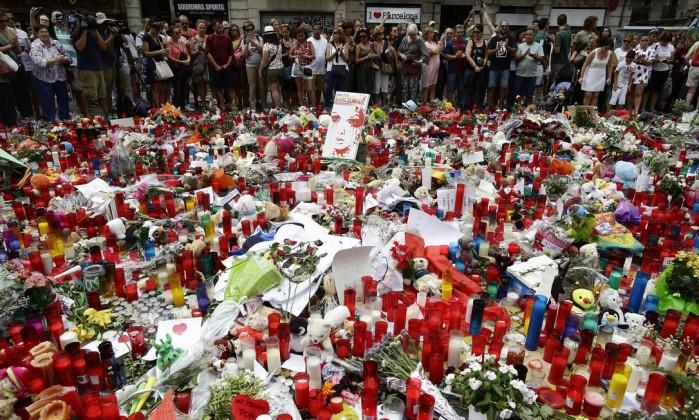 Resultado de imagem para Número de mortos nos atentados em Espanha subiu para 15