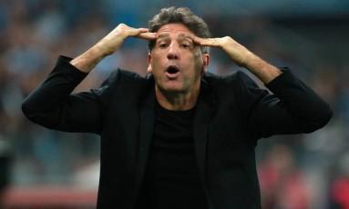 Renato Gaúcho tem poupado titulares, mas reservas deixam pontos pelo caminho Foto: DIEGO VARA / Reuters