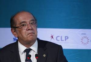 O ministro do STF e presidente do TSE, Gilmar Mendes, durante evento sobre reforma política Foto: Edilson Dantas / O Globo