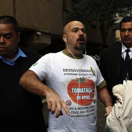 Reforma Política em debate: Ricardo Rocchi foi retirado de auditório por protestar contra o ministro Gilmar Mendes Foto: Edilson Dantas / Agência O Globo