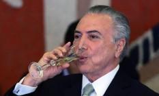 Temer participa da cerimônia oficial de chegada do Presidente doParaguai, Horacio Cartes Foto: Jorge William / Agência O Globo