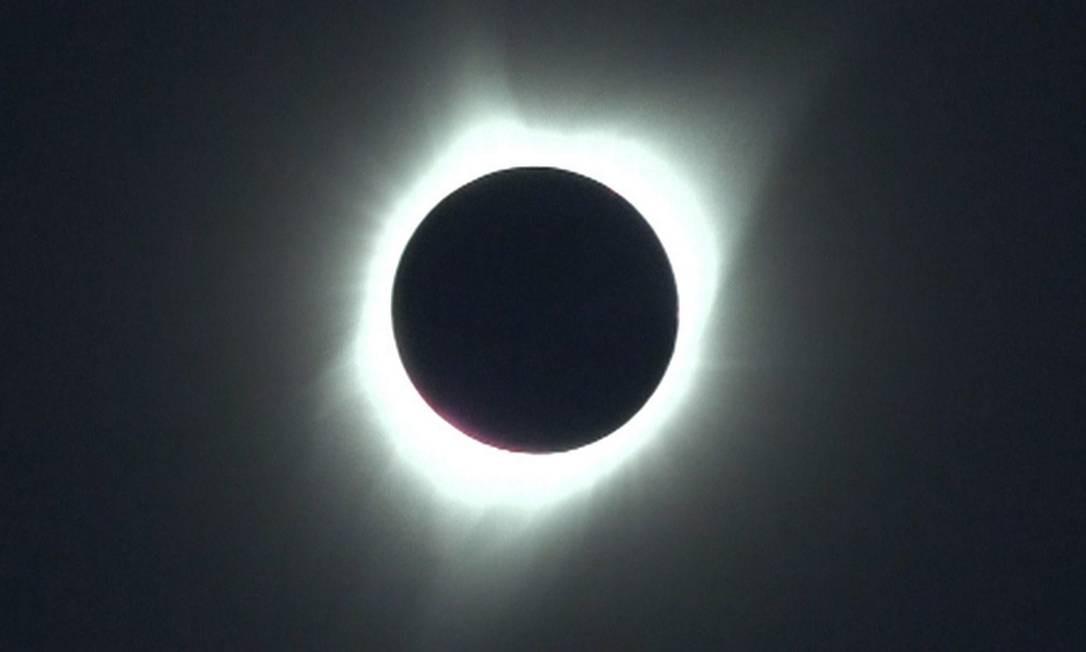 Eclipse solar total chega a seu ápice nos EUA Foto: Reprodução