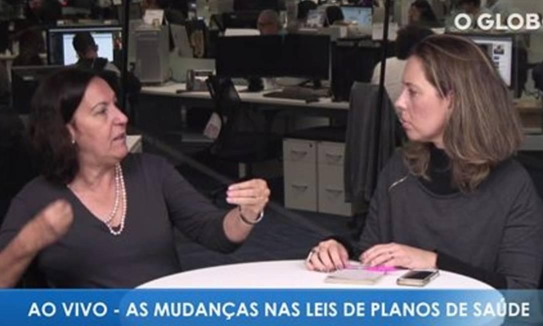 A professora da UFRJ, Lígia Bahia, conversa com Luciana Casemiro Foto: Reprodução
