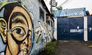 15 escolas no Jacarezinho ficarão fechadas por tempo indeterminado Foto: Guito Moreto / Agência O Globo