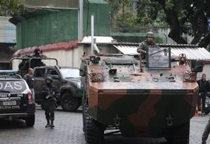 Operação em comunidades da Zona Norte do Rio: polícias e Forças Armadas fizeram operação em sete comunidades na região nesta segunda-feira Foto: Arquivo / 21/08/2017 / Márcio Alves / Agência O Globo