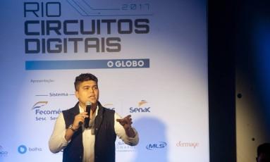 Tallis Gomes, cofundador da Easy Taxi e da Singu, durante o evento Rio Circuitos Digitais Foto: Adriana Lorete / Agência O Globo