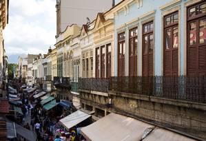 Casarões no Saara, no Centro do Rio Foto: Mônica Imbuzeiro / Agência O Globo