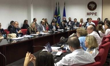 Representantes dos Procons reunidos em Recife , durante escolha de diretores regionais Foto: Divulgação