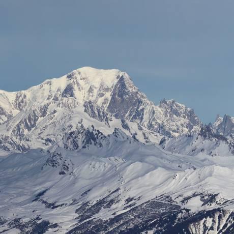 O Mont Blanc é o pico mais alto da Europa, com 4,8 mil metros de altitude Foto: WIKIPÉDIA