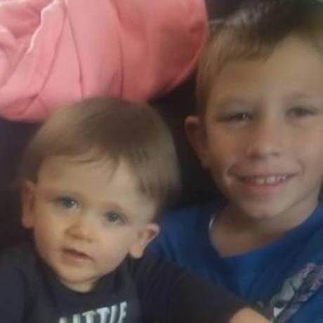 Dylan, 2 anos, foi salvo por seu irmão Jacob, 10 anos Foto: Reprodução Facebook