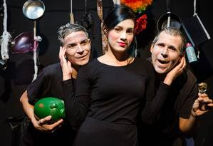"""Elenco da peça """"O avarento"""", que integra a Mostra de Teatro Contrastes, da Oficina Social de Teatro Foto: Divulgação / Divulgação/Antonio Ferreira"""