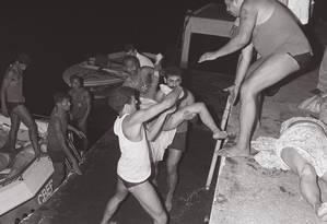 Quase 30 anos depois do naufrágio do Bateau Mouche no Rio, únicos condenados pela tragédia fugiram Foto: Otávio Magalhães