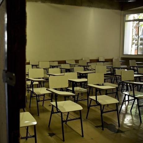 Estudantes também poderão obter certificação do ensino fundamental Foto: Paula / Agência O Globo
