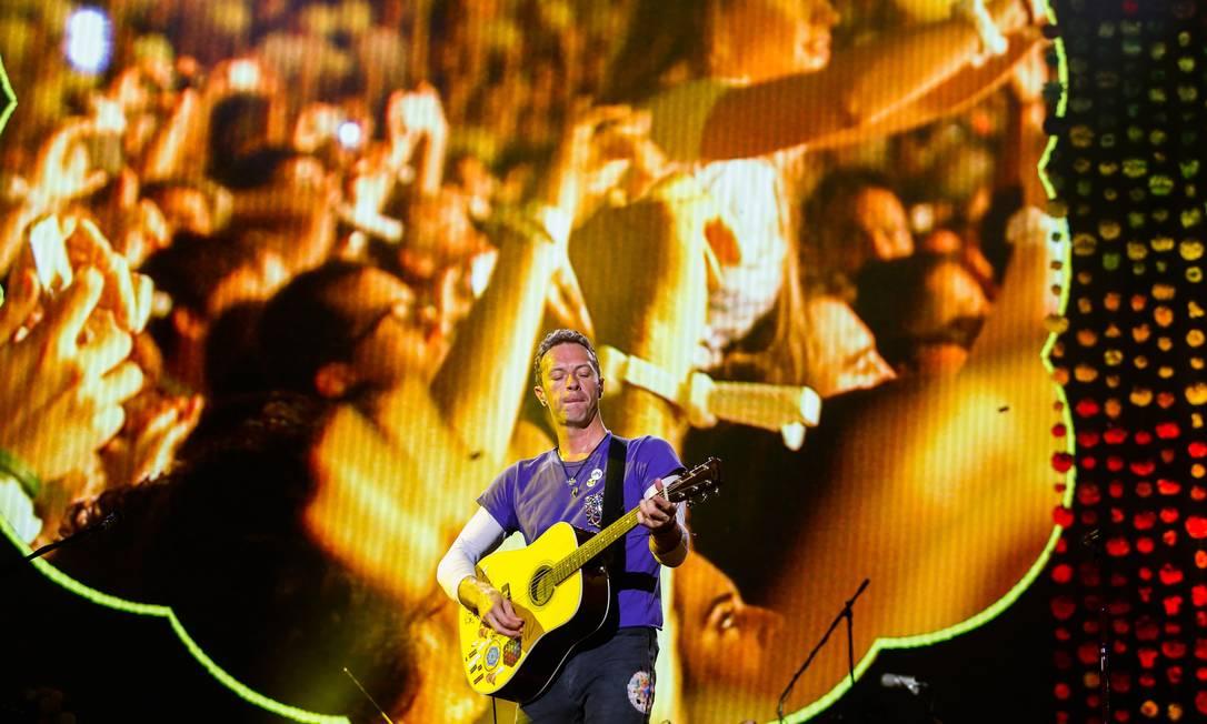 Chris Martin em show do Coldplay no Maracanã, em 2016 Foto: Bárbara Lopes / Agência O Globo
