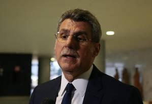 O senador Romero Jucá, líder do governo no Senado e presidente do PMDB Foto: Givaldo Barbosa / Agência O Globo 21/08/2017