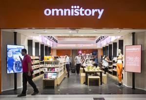 Loja do futuro: a Omnistory é uma loja física que reuni tudo que há de mais tecnológico no varejo Foto: Edilson Dantas / Agência O Globo