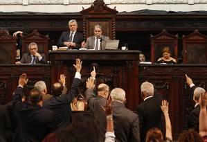 Alerj mantém veto de Pezão a diminuição de salários do governador, vice e secretários em 30% Foto: Gustavo Miranda / Agência O Globo